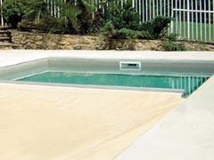 Couverture étanche piscine hydraulique